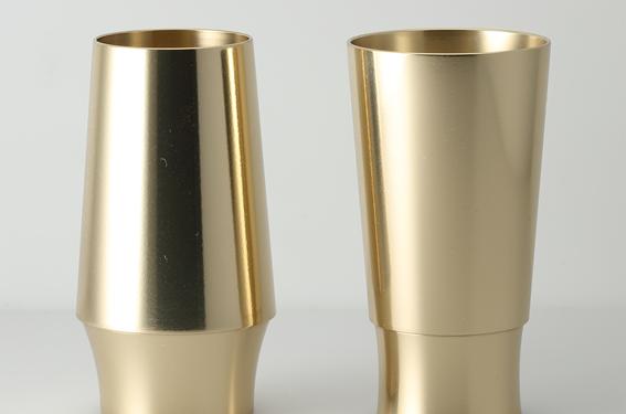 144乾杯ベルペア ゴールド.png