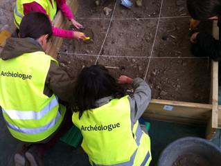 Les archéologues fouillent leur passé