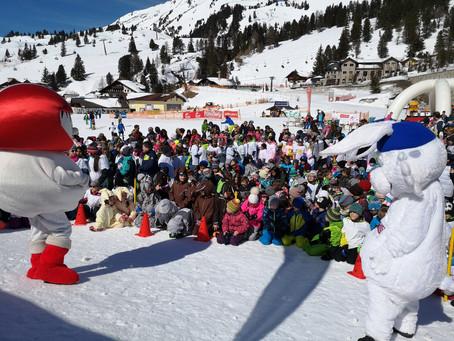 1.100 Kinder feierten mit Gasser, Lanzinger und Co.