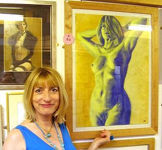 Contemorary figurative artist Julia Ann Field winning David Rose Award