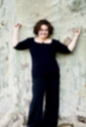 Johanna Krokovay Ganzkörper