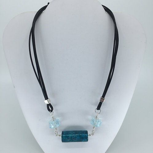 Teal Flash Necklace