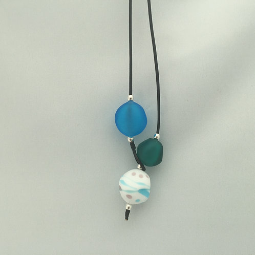 Sky Blue/Teal Shoreline Necklace