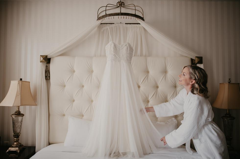 landmark inn elopement wedding dress