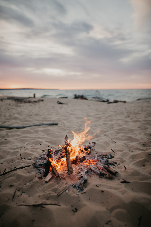 fire elopement pictured rocks