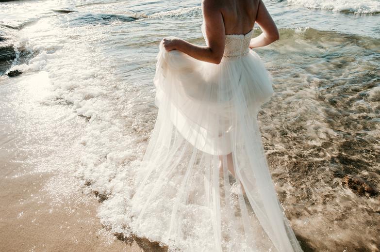 beach bride upper peninsula michigan