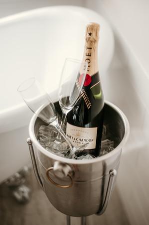 landmark inn elopement moet chandon champagne