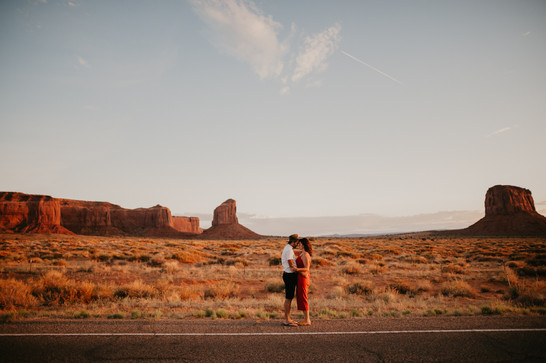 moab engagement photography