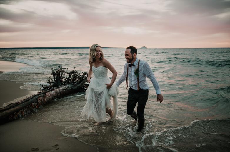 beach trash the dress elopement pictured rocks