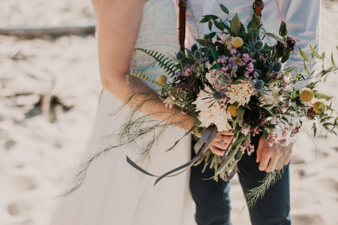 beach bride and groom upper peninsula michigan