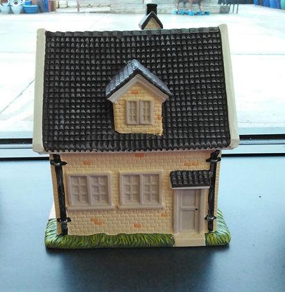1 1/2 Story Cottage Miniature Fairy Garden