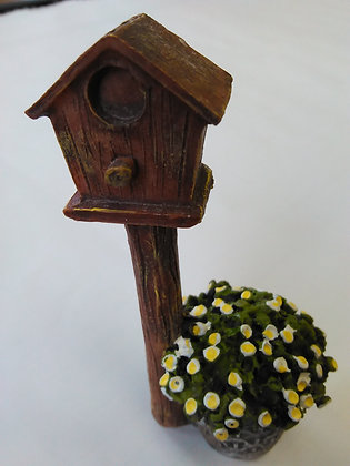 Birdhouse with Basket of Flowers Miniature Fairy G
