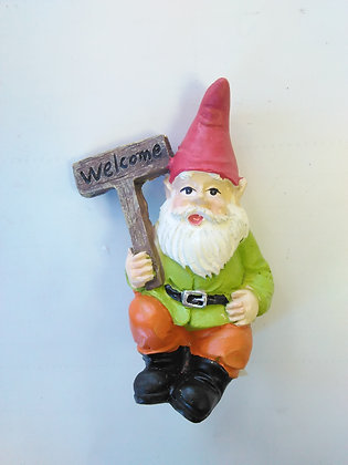 Gnome with Welcome Sign Miniature Fairy Garden