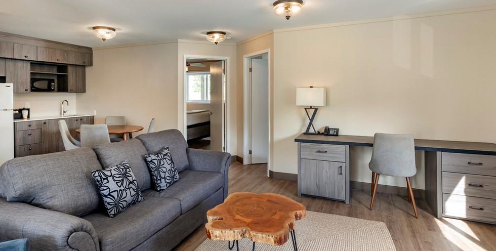 Lakeshore Suite 3.jpg