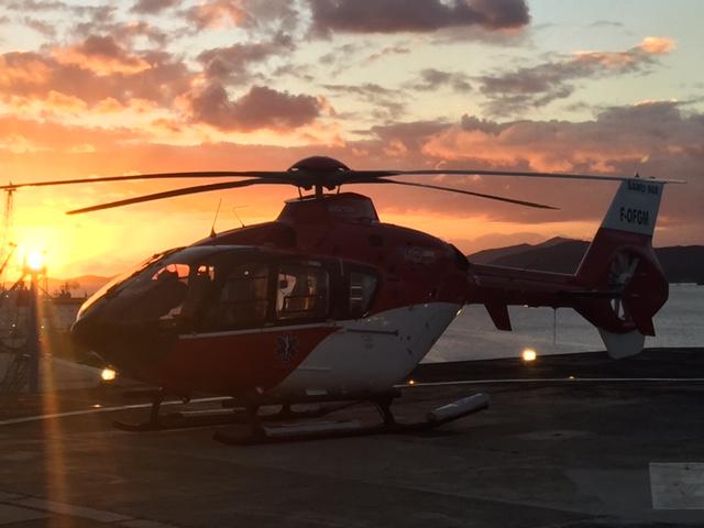 EC135 - coucher de soleil