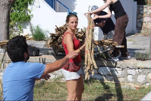 Unloading the kalamia on the build site