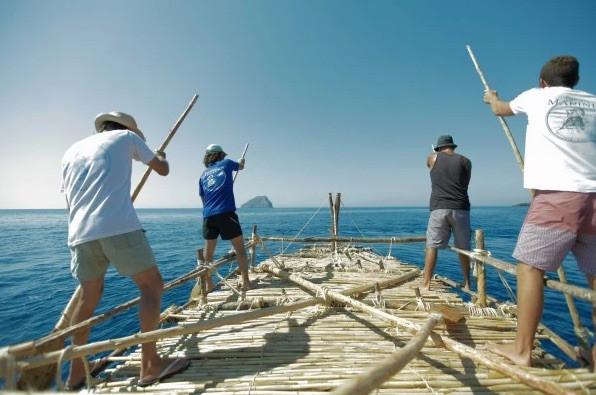 Rowing practice around kapsali bay