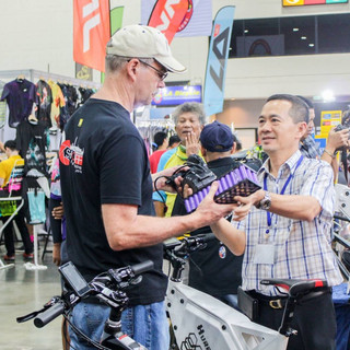 Bangkok E-Bike ช่วยชุดไปได้ไกลขึ้น