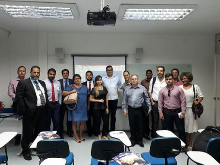 Corretoras devem investir em marketing e vendas digitais, diz especialista em workshop do CVG-RJ