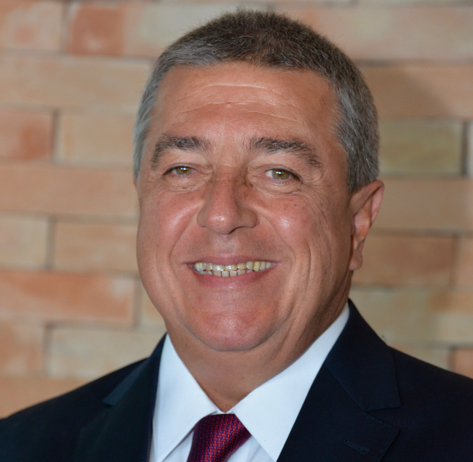 Luiz Philipe Baeta Neves, Presidente da Aconseg-RJ e Baeta Assessoria, economista e Corretor de Seguros.