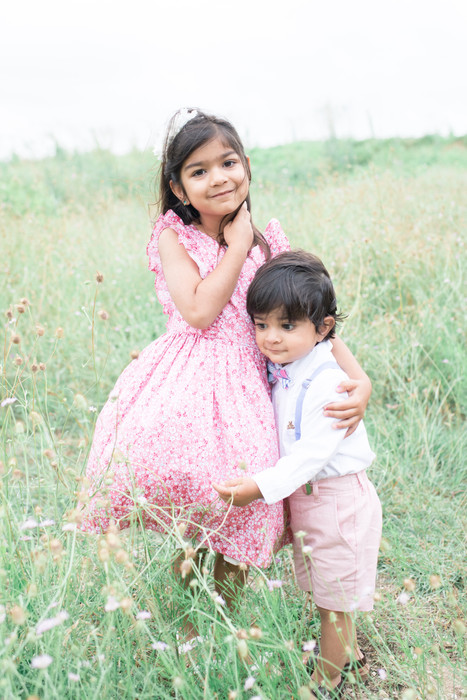 sibling picture ideas