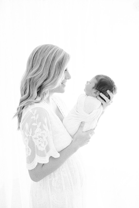 baby and mom pictures