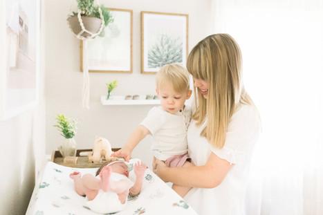 best lifestyle newborn photos in Houston
