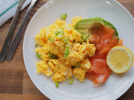 Scrambled Egg with Salmon and Avocado