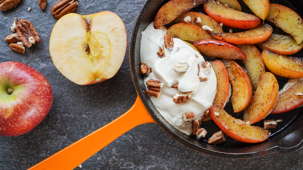 Buttery Apples & Whipped Vanilla Cream