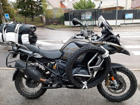BMWE-Alpes Offroad-2020 (1).jpg