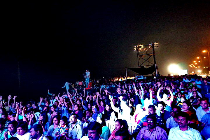 Crowd Worli fest 2.jpg