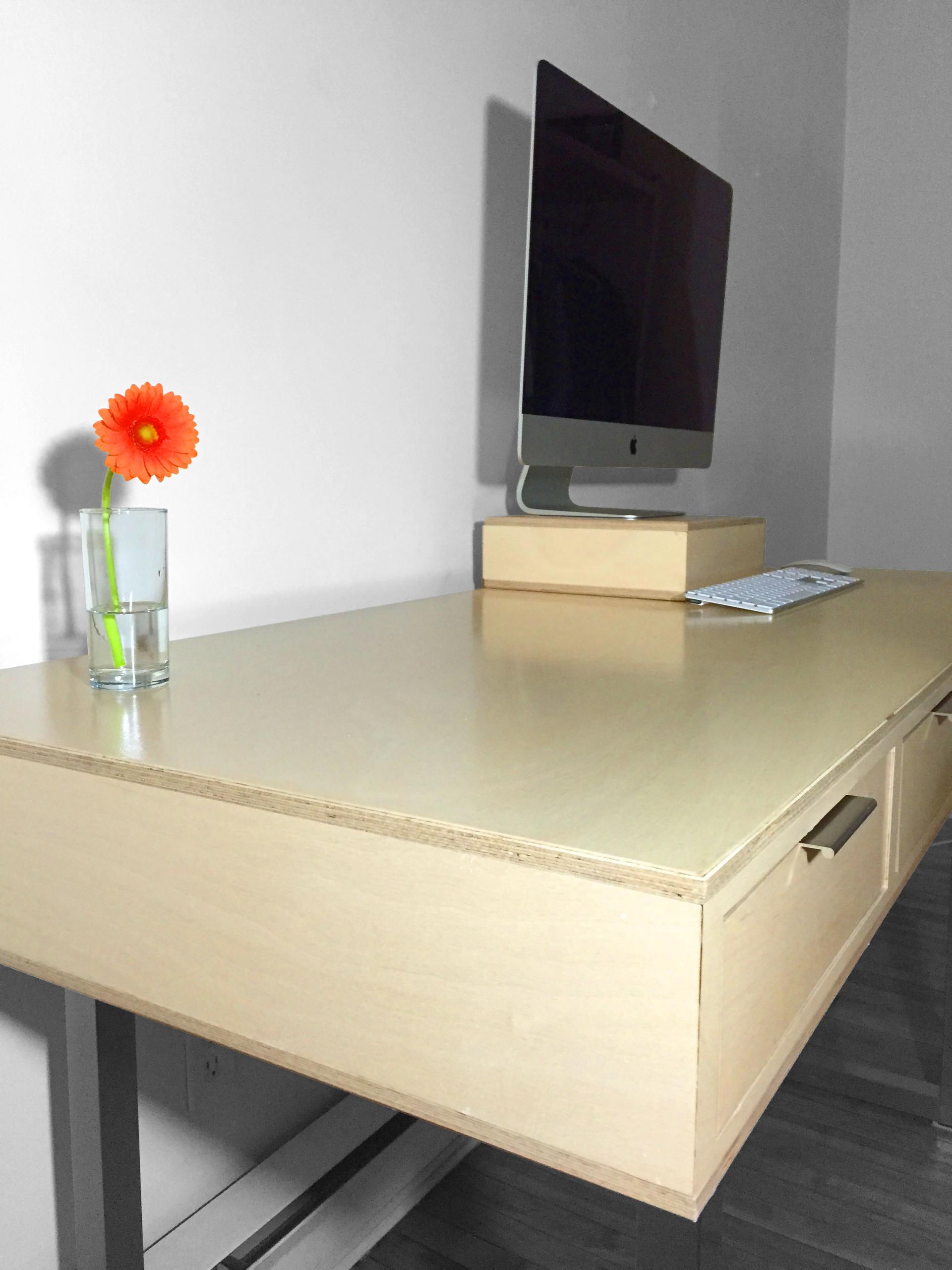 Desk_02 edit.jpg