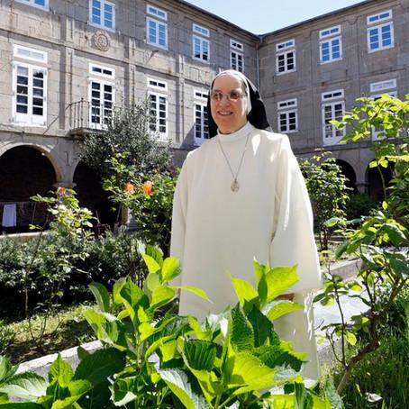 Entrevista con M. Teresa Val Rouco -  Abadesa del Monasterio de Viveiro