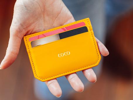 Saviez-vous que le Mini Porte-cartes est la Tendance du Moment?