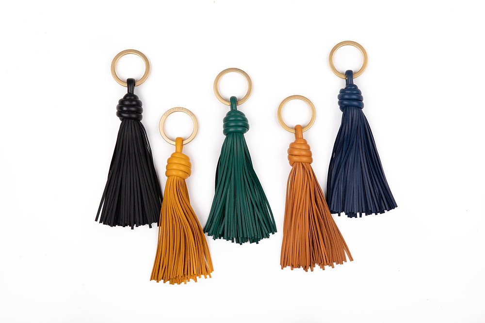 porte clef pompon classique elegant