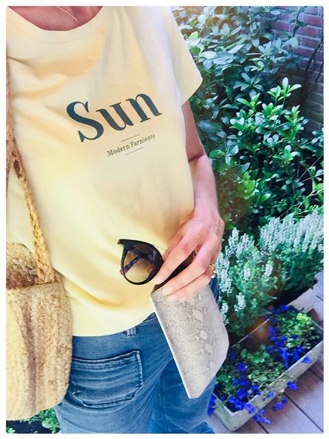 Sun.glasses case in printed python