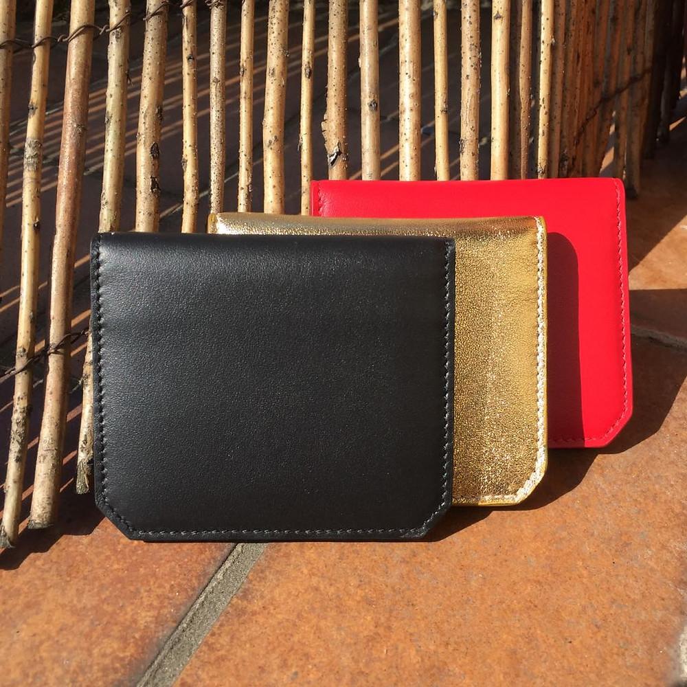 https://www.dumatinausoir.com/product-page/thursday-card-wallet-soft-leather-black