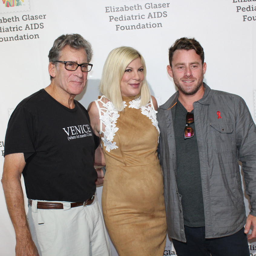 Tori Spelling with guests