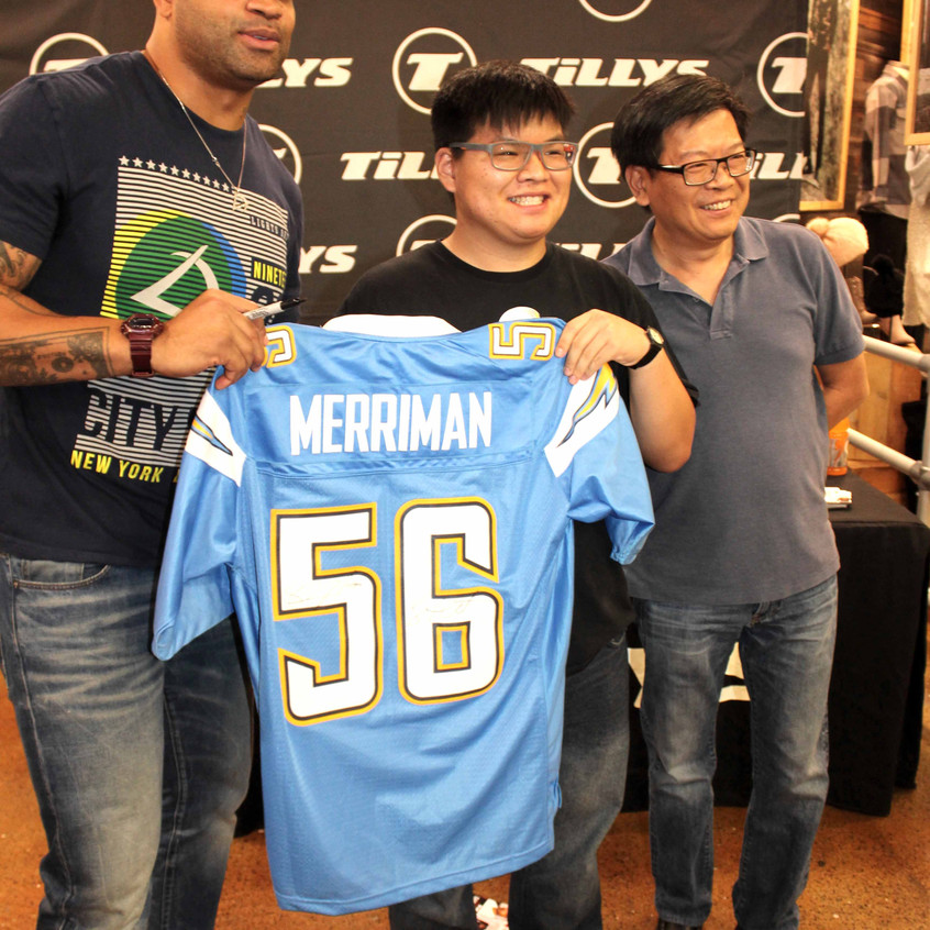 Shawne Merriman and fans