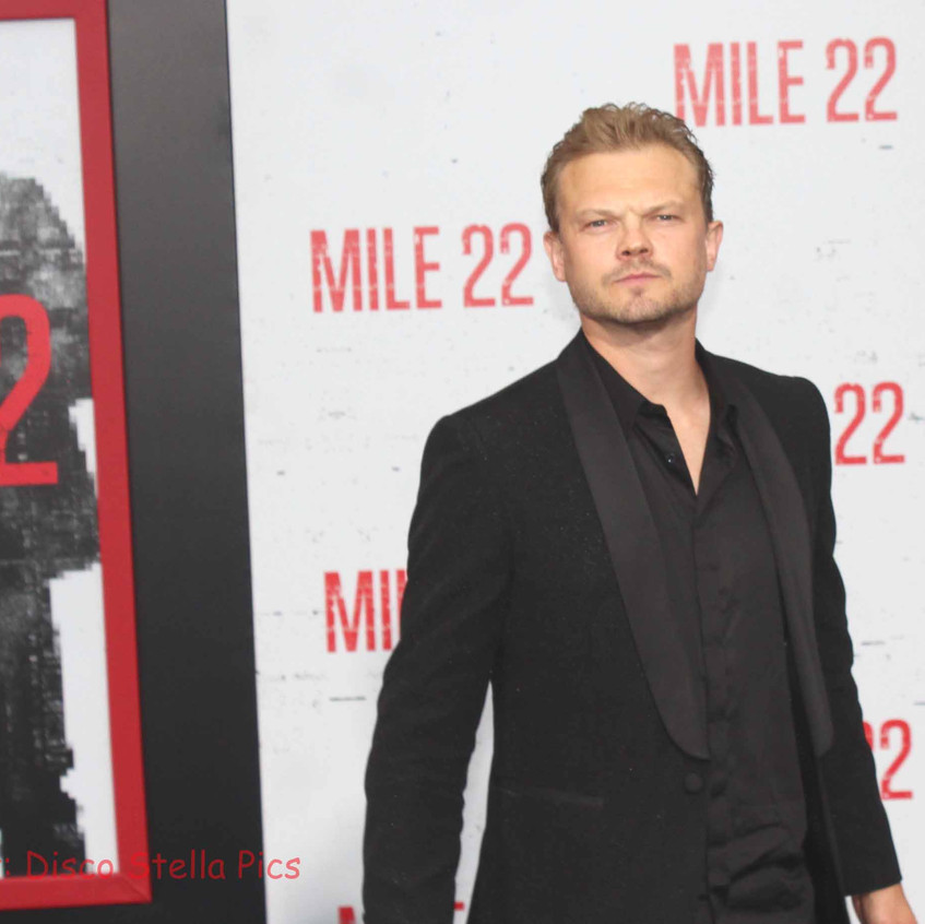 Nikolai Nikolaeff - Actor - Cast of Mile
