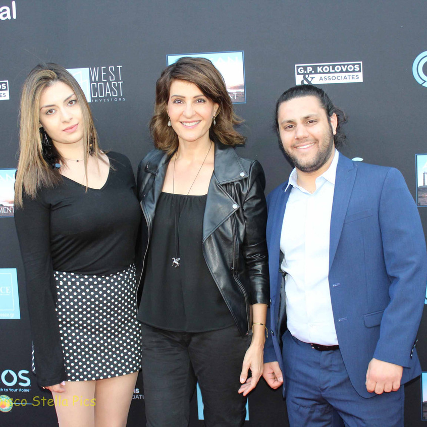 Nia Vardalos- Actress with Guests