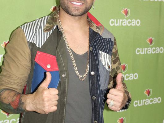 Latinos United Concert featured Nacho, Alicia Villareal and Paquita.