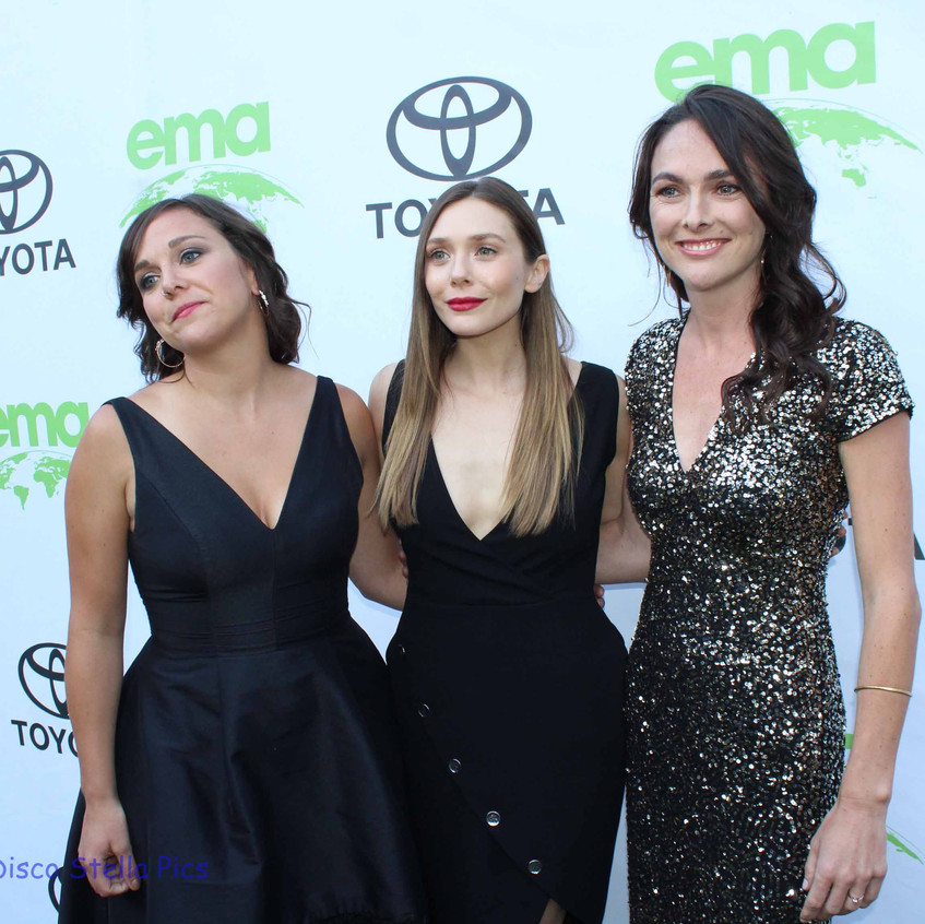 Elizabeth at Middle (Actress - Honoree) with guests