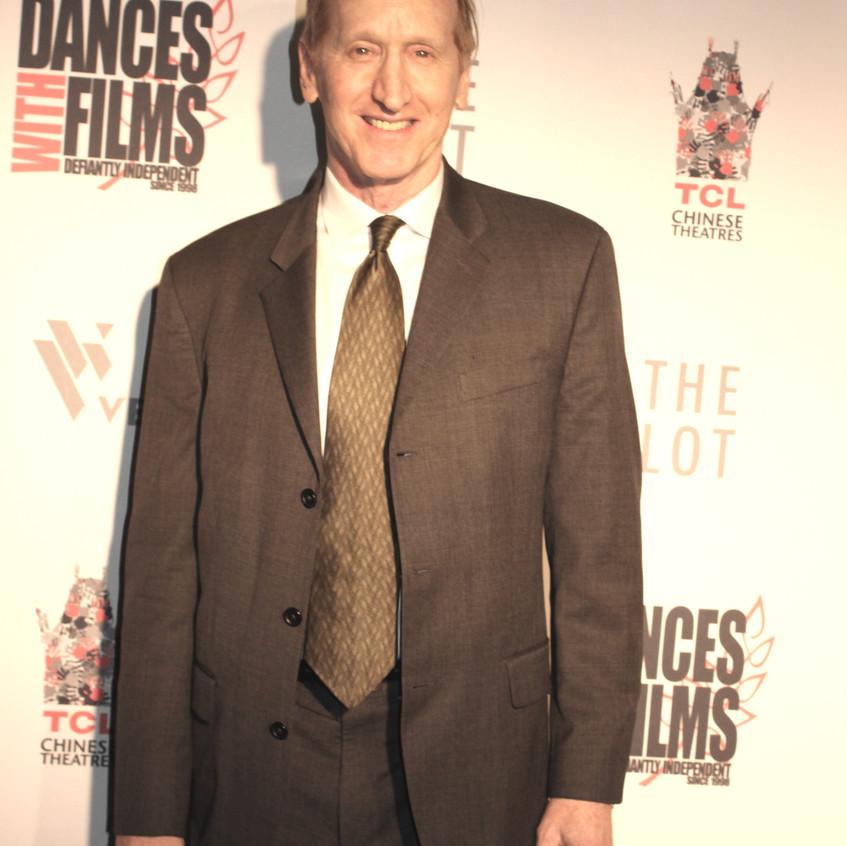 Larry Cedar-Actor