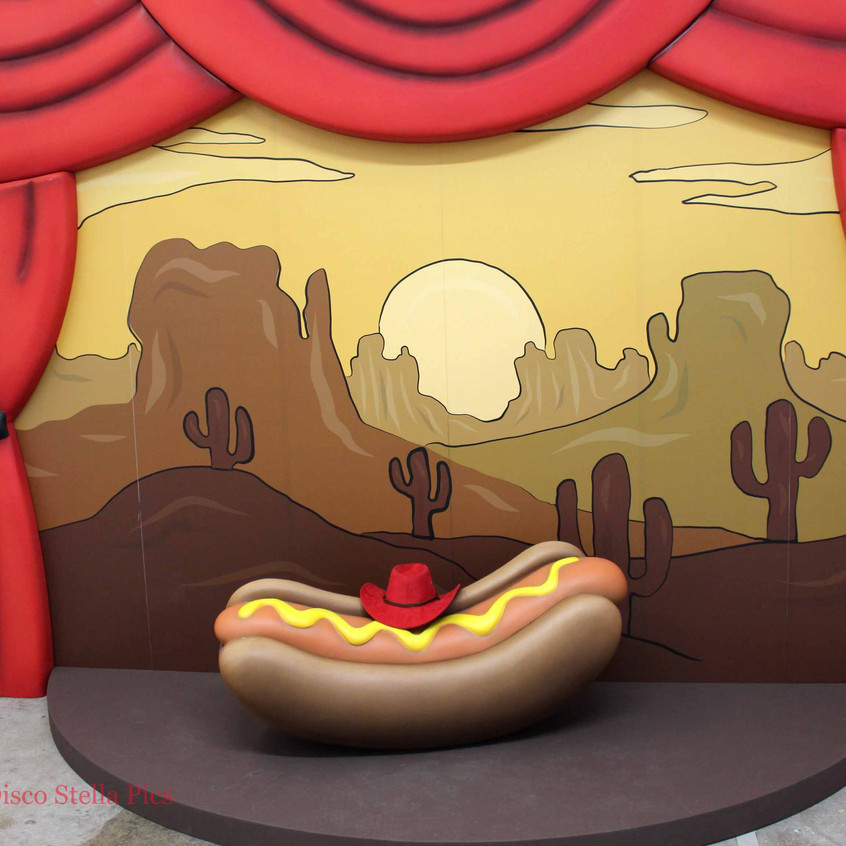 Hot Dog Art