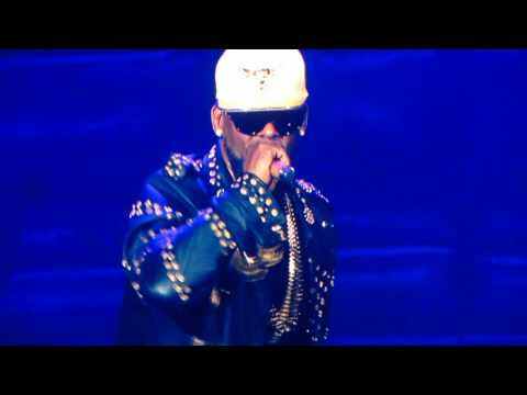 R. Kelly (R&B Artist) The Buffet Tour 2016.