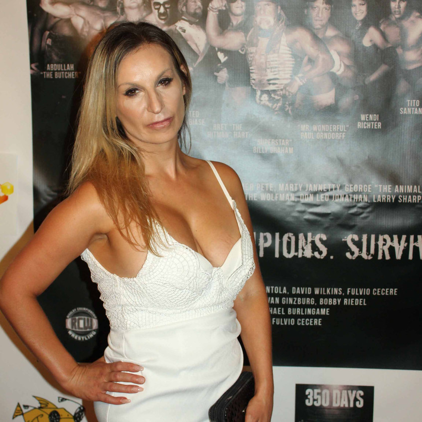 Robyn Duse - Actress