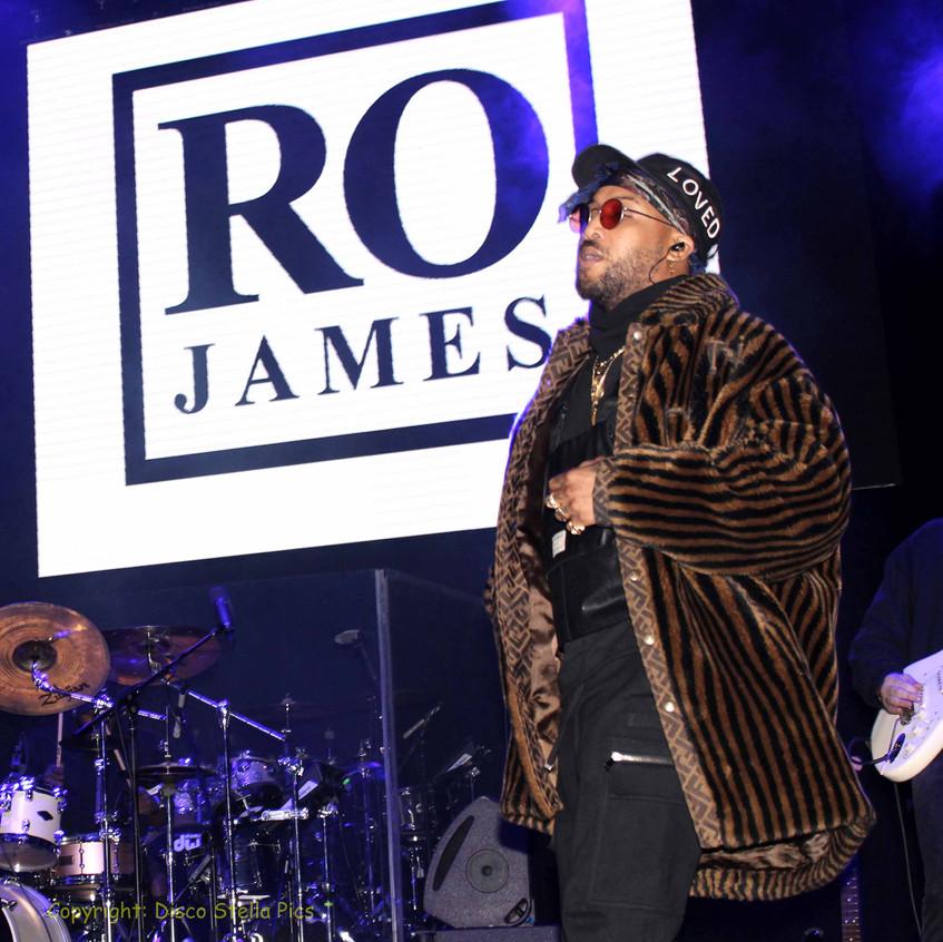 Ro James - Singer - Songwriter