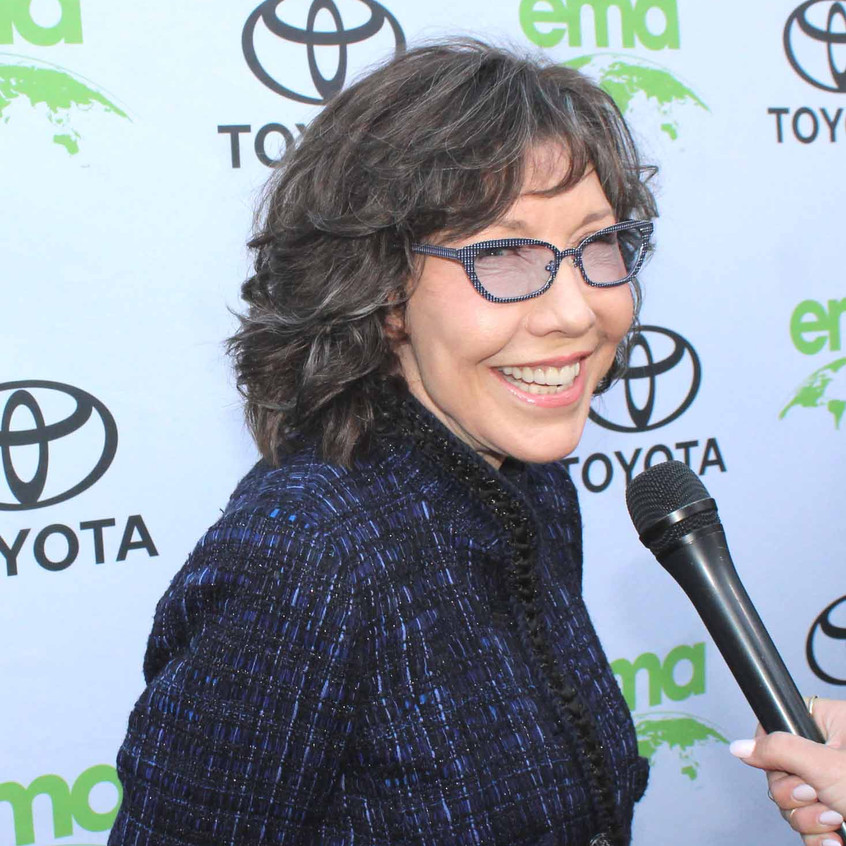 Lily Tomlin- Actress - Comedian - Being Interviewed