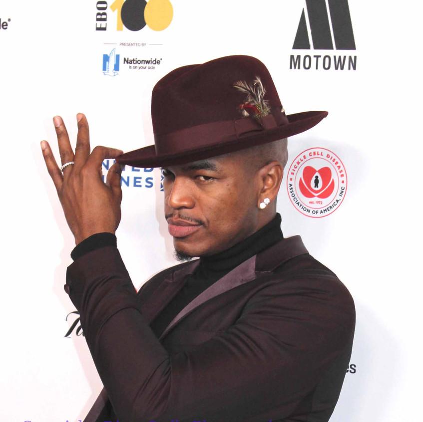 Ne-Yo- Music Artist - on the carpet